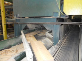 Chip Screening Conveyor with side discharge for Sawmill